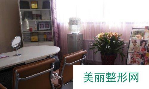 北京脂肪填充哪家好?北京京民2019年度价格表曝光