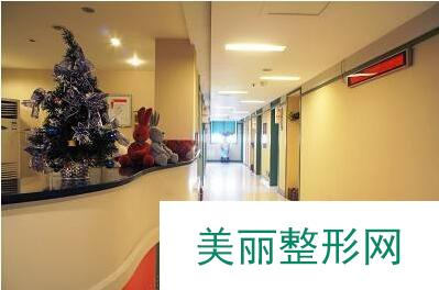 重庆东方整形医院