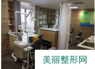 重庆协尔口腔医生