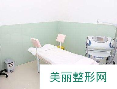 上海华山医院简介