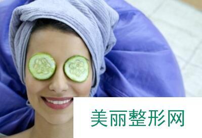 黄瓜祛眼袋