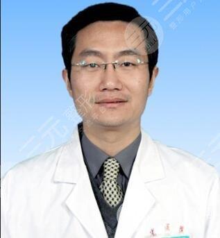 翟弘峰医生