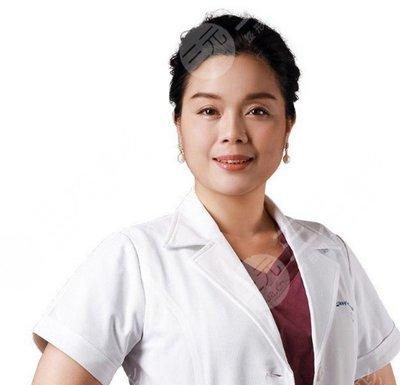 熊安凤医生